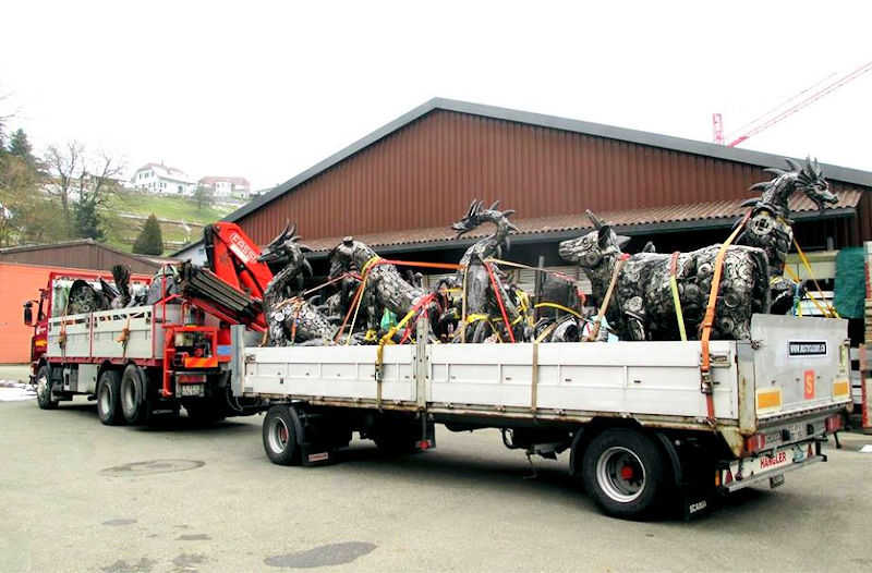 Photo of Large Custom Sculptures - Transport