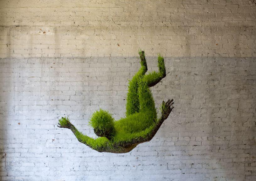 Image of hanging sculptures mad men mathilde roussel
